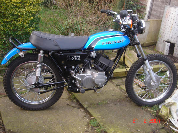 Kawasaki F7 Gallery   Clic Motorbikes