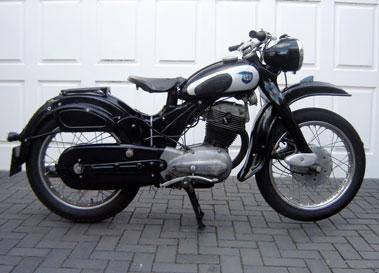 nsu classic motorcycles classic motorbikes. Black Bedroom Furniture Sets. Home Design Ideas