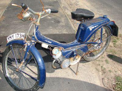 Classic Suzuki Runabout