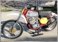 CZ 400 Red Frame