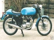 Triumph Thruxton Replica