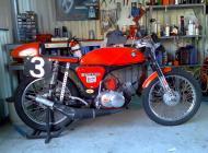 Suzuki A100 Bucket Racer