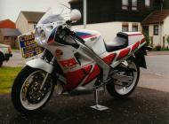 1989 FZR1000