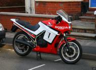 Honda VF400