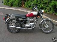 Triumph Bonneville T140V