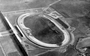 The aerial view of Beverley Hills circuit of 1.25 miles that ran from 1920