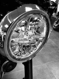 Kawasaki Z900RS headlight