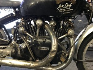 Vincent Black Lightning engine