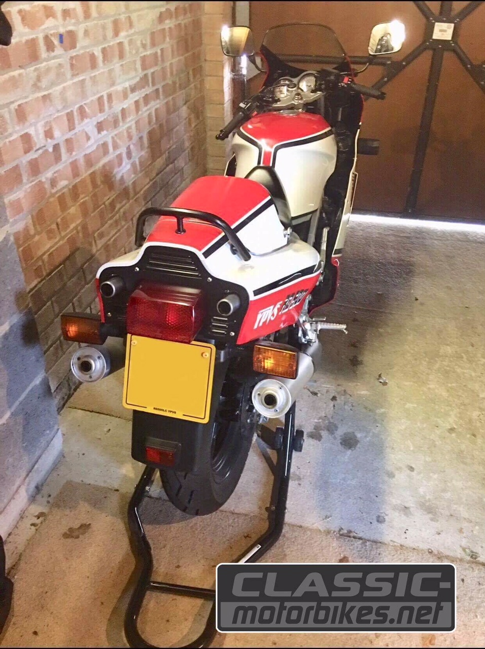 Genuine and unrestored UK Yamaha RD500LC For Sale - Classic