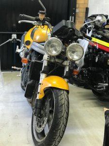 Triumph 2001 955i