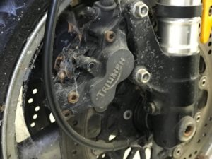 Triumph 2001 955i calipers