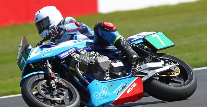 Suzuki announces classic bike track day at Cadwell Park