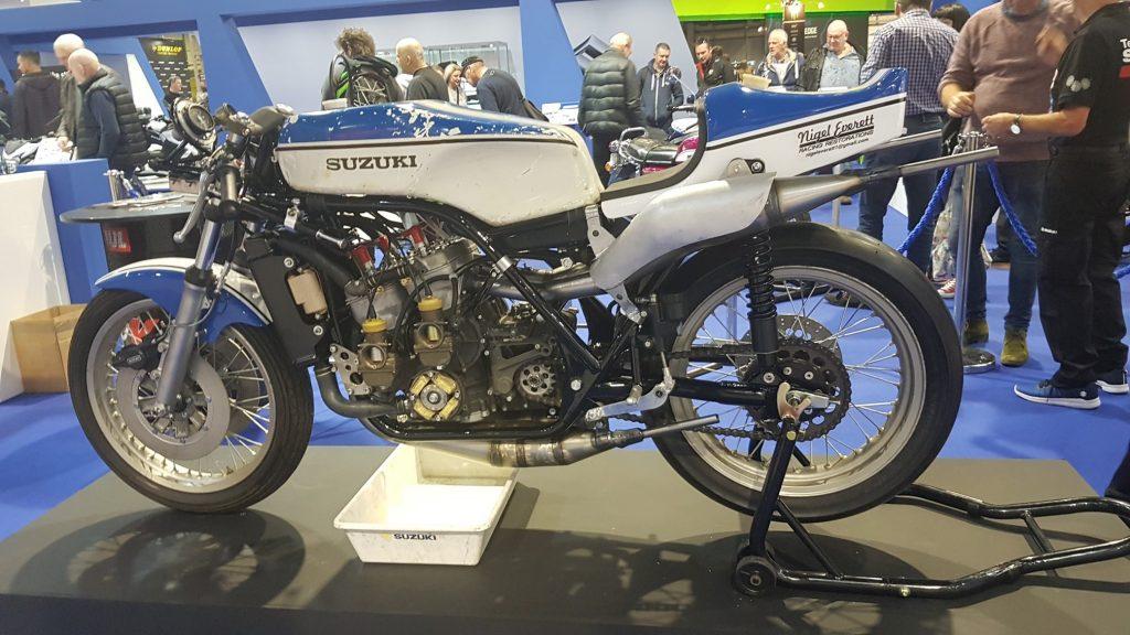 Suzuki RG500 build