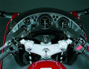 Honda CBRX1100 1999 cockpit