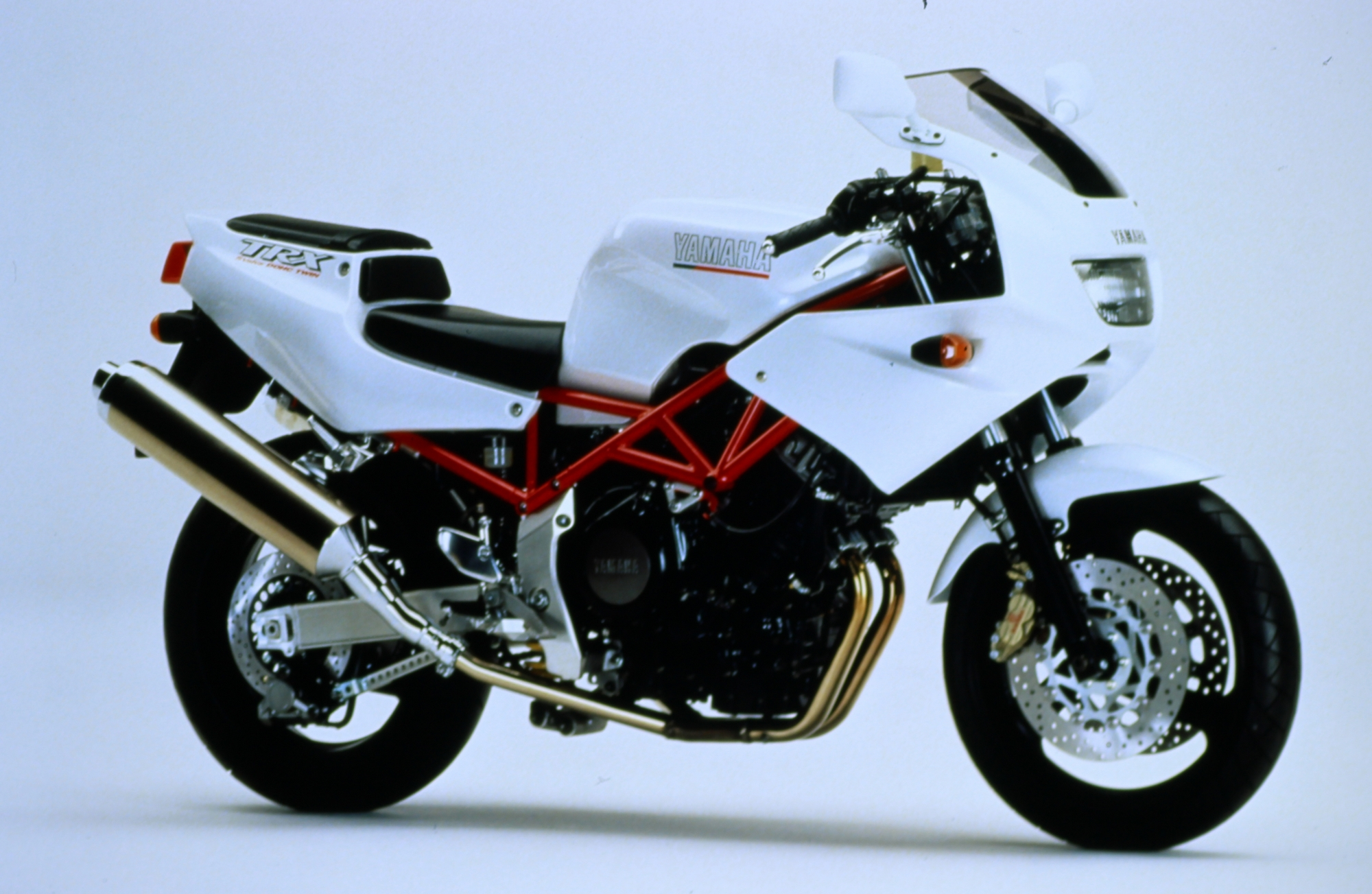TRX850 - White & Red Right Side