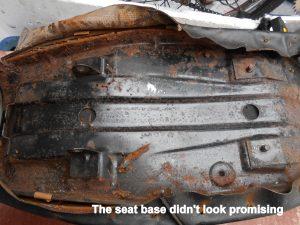 Yamaha FS1 seat