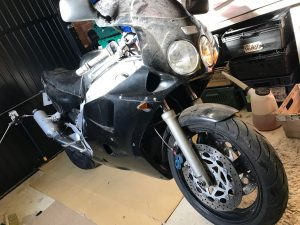 Yamaha FZR1000 EXUP Project