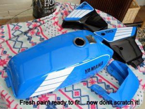 Yamaha FS1e painted tank and plastics