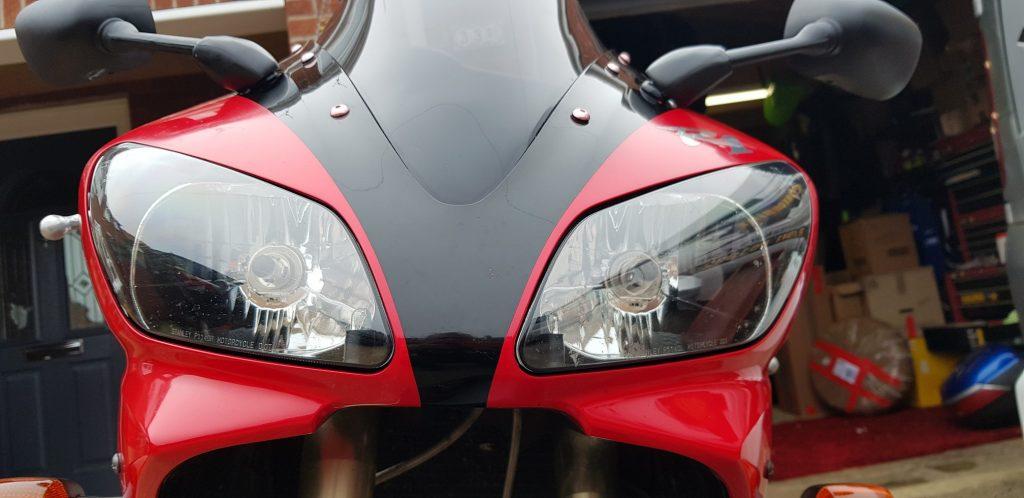 Yamaha R1 5JJ headlight
