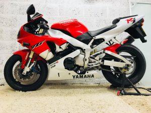 Yamaha YZF-R1 (1998-2001)