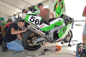 ZXR750 race bike
