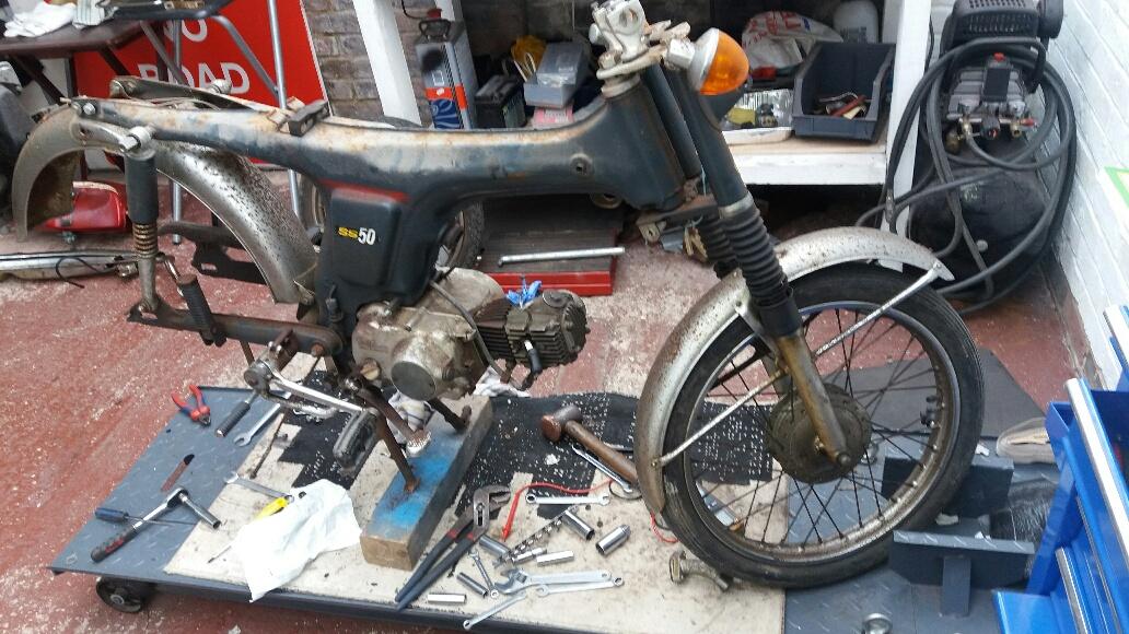 Honda SS50 Restoration