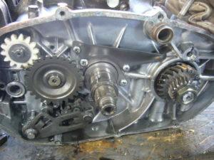 RD350 LC engine internals
