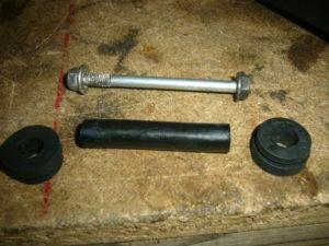 Aprilia RS125 home made tank rubber mount