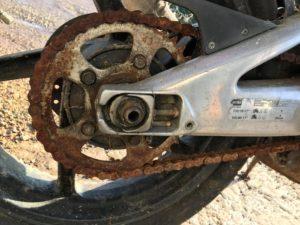 2-stroke Aprilia RS125 rusty chain