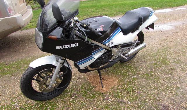 Suzuki RG250 project