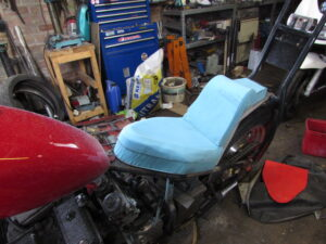 king and queen custom motorcycle seat