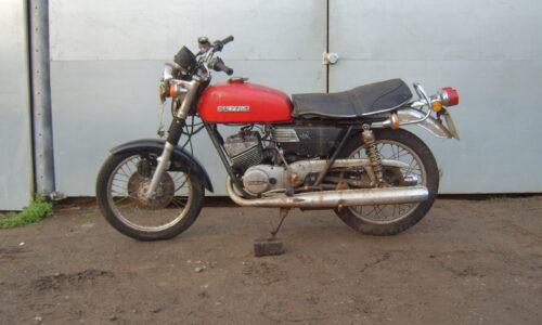 1976 Suzuki GT250 two stroke