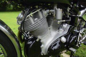 1953 VINCENT BLACK SHADOW 1000cc ENGINE